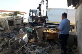 Vila desmantela seis asentamientos ilegales en Cas Serres y sa Joveria