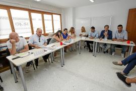 No hay acuerdo entre operarios de limpieza de Sant Antoni y Vila y sus respectivas empresas