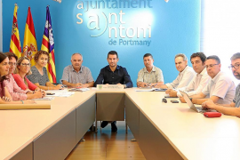Primera toma de contacto entre Serra y los representantes de Ports de les Illes Balears