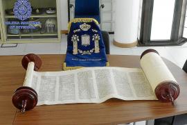 Recuperado un libro sagrado judío que fue hurtado por el impago de un alquiler en Ibiza