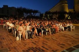 Música para abrir las Festes de la Terra, en imágenes. Fotos: Marcelo Sastre