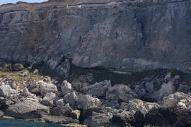 Muere un joven mientras practicaba submarinismo en Ibiza