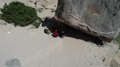 Evacuan a dos mujeres heridas en sa Pedrera