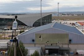 Más de una decena de heridos al aterrizar de emergencia un avión de British Airways en Valencia