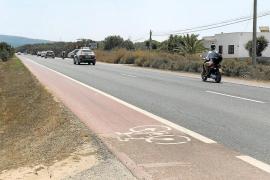 Un conductor borracho embiste y mata a dos personas que circulaban en moto en Formentera