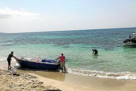 Los argelinos llegados a Formentera ya están en un Centro de Internamiento de Extranjeros