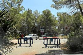 Sant Antoni valla el acceso a Punta Galera desde Cala Salada para evitar colapsos