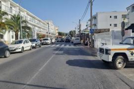 Un motorista fallece tras colisionar contra un vehículo en la avenida Doctor Fleming