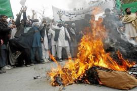 Los talibanes atacan a la delegación que investiga la matanza de Kandahar