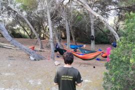 Denunciadas 60 personas durante el fin de semana por acampar en espacios protegidos.