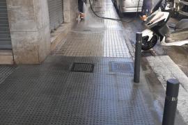 Vila impulsa un plan de choque de limpieza en los puntos más críticos