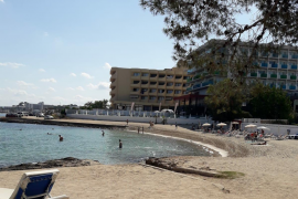 Reabierta la playa de es Caló d'en Serral tras dos días cerrada