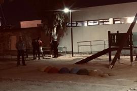 La Policía Local de Ibiza interpone diez denuncias por botellón y suciedad