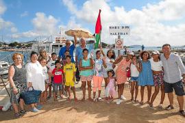 Los pequeños saharauis acogidos en Ibiza disfrutan de un día lleno de juegos en familia