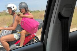 Cargados en la moto