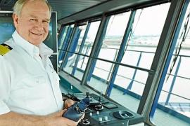 Ibiza despide al capitán Kjell Holm, comodoro de Tui Cruises