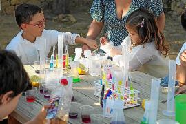 Sant Agustí pone la ciencia al alcance de los más pequeños