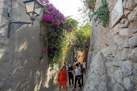 Vila quiere comprar el solar del antiguo hospital medieval para hacer un parque arqueológico