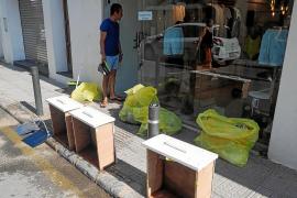 Mal olor en las calles y daños en algunos comercios el día después de la tormenta