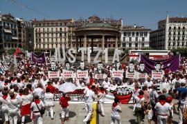 Manifestación contra el procesamiento por la agresión a dos guardias civiles y sus parejas en Alsasua
