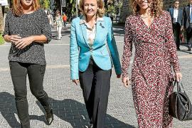 Francina Armengol, Rosario Sánchez y Nadia Calviño.