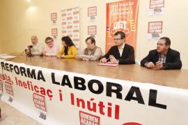 Los sindicatos llaman a la huelga para frenar una reforma que «elimina derechos históricos»