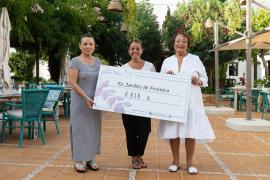La Asociación Elena Torres recibe un cheque de 8.818 euros