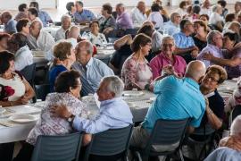 Cientos de parejas ibicencas celebran medio siglo de amor