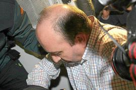 La juez decreta prisión sin fianza para el exchófer de Guerrero por el 'caso ERE'