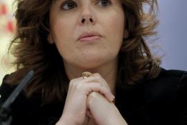 El esposo de Sáenz de Santamaría se incorporará  al departamento jurídico de Telefónica