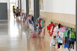 Educació no pagará julio y agosto a  los nuevos contratos indefinidos de colegios concertados