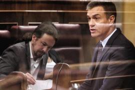 Pablo Iglesias y Pedro Sánchez en el Congreso de los Diputados