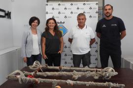 Hallan en Formentera un «extraordinario» conjunto de 11 sables