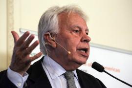 Felipe González: «No hay que buscar culpables, responsables somos todos»