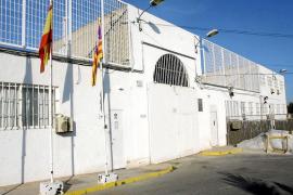 Una veintena de funcionarios de la cárcel de Ibiza solicita el traslado a la península