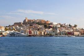 La APB saca a concurso la gestión de amarres para 90 embarcaciones del puerto de Ibiza