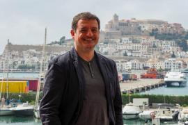 Enrique Sánchez Navarrete: «Estamos a la espera de que haya un gobierno estable para pedir que suba el plus de insularidad»