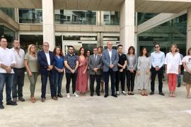 Las instituciones de las Pitiusas guardan un minuto de silencio por la mujer asesinada en Mallorca