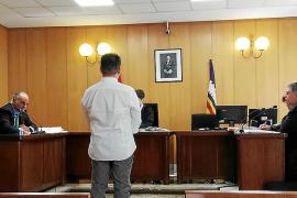 Dentista acusado de abusos a una menor