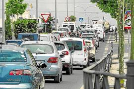La masificación de coches preocupa a casi la mitad de la población de Balears