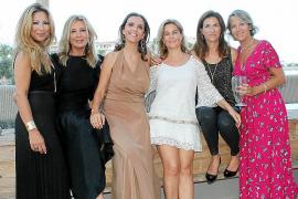 Multitudinaria fiesta de celebración del 40 aniversario de Eugenia Garcías de España