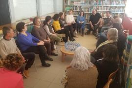Rebecca Beltrán y Frida Kahlo en el Club de Lectura de Santa Eulària