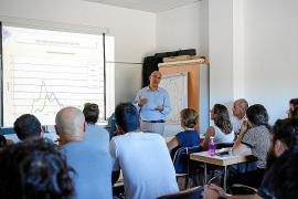 El Consell d'Eivissa apoya a nuevos agricultores en el cultivo del azafrán