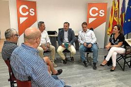 Mesquida se reúne con representantes de la Administración y funcionarios de prisiones