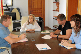 El Ayuntamiento de Santa Eulària renueva el convenio con la cofradía de pescadores