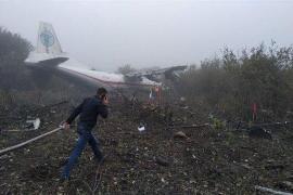 Cinco muertos tras el aterrizaje forzoso en Ucrania de un avión procedente de España
