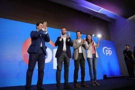 Casado afirma que «España no podría soportar otra crisis con el PSOE en el Gobierno»