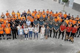 Representación de los colectivos que ayudaron en las inundaciones de Sant Llorenç