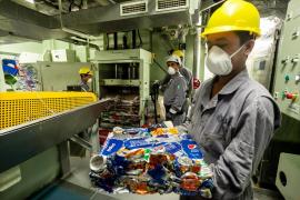 Cruceros que no consumen agua de los puertos donde atracan y reciclan la basura