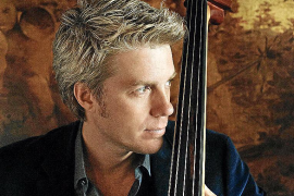 El músico y compositor Kyle Eastwood actuó en sa Pobla en 2010